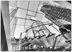 Apple Store on 5th Avenue, Manhattan (nianci pan) Tags: city nyc urban bw reflection glass architecture stairs manhattan sony elevator 5thavenue applestore pan    sonyalphadslr photoborder nianci sonyphotographing