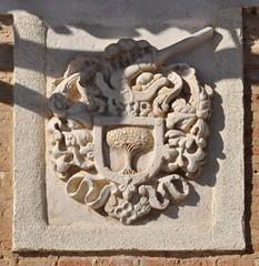 Pedraza de Campos (Palencia). Escudo (santi abella) Tags: pedrazadecampos palencia castillayleón españa heráldica escudos