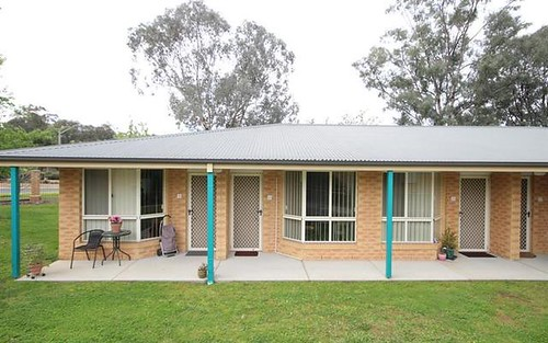10/7 Severin Ct, Thurgoona NSW 2640