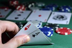 Poker (Matias Ezequiel Pascualini) Tags: nikon d3200 argentina jugando poker cartas naipes fichas profundidaddecampo bokeh interior ases flickr apuestas explorer explore explorar