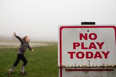 24| 365 (trois petits oiseaux) Tags: kids play fog