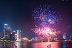 SG50 Fireworks at Marina Bay (Kenny Tan YK) Tags: city skyline singapore fireworks weekend jubilee marinabay sg50