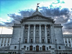 Madison Capital building (Digital_Third_Eye) Tags: cameraphone sky white apple wisconsin architecture grey flickr madison historical iphone 2015 danecounty iphone6 digitalthirdeye iphone6plus