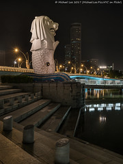 Merlion (20161230-DSC09674) (Michael.Lee.Pics.NYC) Tags: singapore marinabay merlion fountain sculpture jubileebridge esplanadedrive steps night longexposure sony a7rm2 fe2470mmf28gm