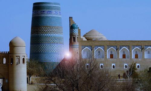"Torres legendarias / Faros, minaretes, campanarios, rascacielos • <a style=""font-size:0.8em;"" href=""http://www.flickr.com/photos/30735181@N00/31722256643/"" target=""_blank"">View on Flickr</a>"