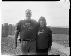 Mom & Dad (Blurmageddon) Tags: film analogphotography 4x5 largeformat speedgraphic ektar127mm47 adoxaph09 blackandwhite trix 320txp family