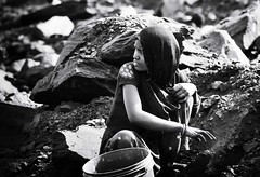 woman miner (daniele romagnoli - Tanks for 15 million views) Tags: india d810 nikon indien indie inde indiani indiana indiadelnord jharia jharkhand dhanbad minatori miniera carbone donna miners miner romagnolidaniele asia