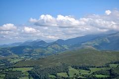 Paysage des Pyrénées (Mystycat =^..^=) Tags: pyrénées hautespyrénées montagne france midipyrénées lourdes ciel nuages paysage