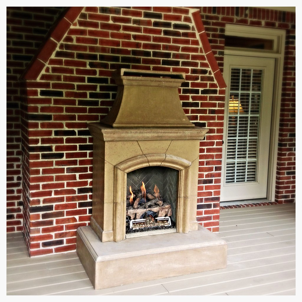 American Fyre Designs Fireplace. Chattanooga, Tn.