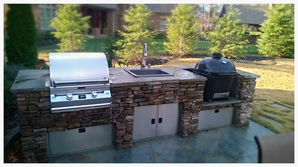 Custom Outdoor Kitchen. Apison, Tn.