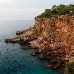 Last rays of sun at Punta de sa Galera, Ibiza (Gene Krasko Photography) Tags: sunset sea beach spain mediterranean rocky cliffs espana ibiza eivissa balearicislands illesbalears islasbaleares limestonecliffs puntadesagalera laislablanca racdesagalera