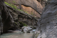 "The Narrows • <a style=""font-size:0.8em;"" href=""http://www.flickr.com/photos/63501323@N07/22514875611/"" target=""_blank"">View on Flickr</a>"
