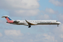 N948LR (Mark Harris photography) Tags: spotting dfw aircraft plane aviation canon 5d dallas planes airplanes