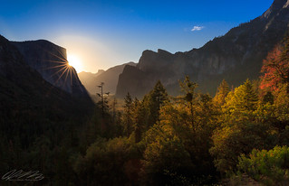Sunrise over El Capitan at Tunnel View - Yosemite National Park