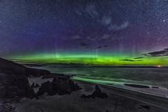 Ceannabeinne (bradders29) Tags: ceannabeinnebeach aurora stars beach grahambradshaw