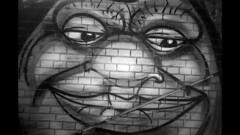 gwb   smile (stoha) Tags: smile lachen grinsen gwb guesswhereberlin berlin berlino deutschland hp5plus ilford germany germania tyskland allemagne streetart schwarzweiss analog einwegkamera