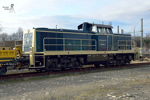 294 615-0 von Railsystems, MaK V 90, Bj. 1968
