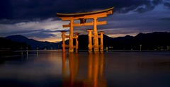 The End of Winter, Hiroshima (s.take-zak) Tags: the end winter hiroshima itsukushima japan i wish we were in these together