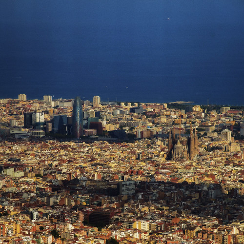 """bcn • <a style=""""font-size:0.8em;"""" href=""""http://www.flickr.com/photos//20793045966/"""" target=""""_blank"""">View on Flickr</a>"""
