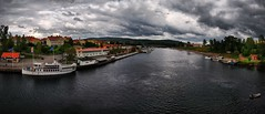 Leksand. sterdallven (EugeniusD80) Tags: sky panorama clouds river boats nikon sweden outdoor nikkor scandinavia dalarna gustaf hdr wasa leksand tonemapped 18200vr d80 sterdallven sterdalriver