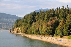 Third Beach and Siwash Rock (J-Fish) Tags: canada beach vancouver stanleypark thirdbeach britishcolombia d300s 1685mmf3556gvr 1685mmvr siwahrock