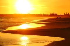 Esperance, Western Australia. (Cale McMillen) Tags: travel blue light sunset white west slr beach sunrise canon river photography eos bay grande nationalpark twilight surf australia le kangaroo lucky wa cape np westernaustralia fitzgerald hellfire esperance 650d