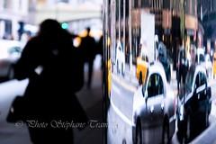 Silhouettes and cars (steff808) Tags: usa unitedstates eeuu estadosunidos etatsunis newyork nuevayork manhattan street nikon nikond600 nikon2485