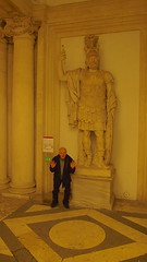 """PR LESSON #3 HOW TO LOOK """"Short"""" ON FLICKR (stephenweir) Tags: prlesson prflickrlesson lookingshort rome museum caesarstatue crouchforphotograph selfie statues ancientrome statue"""