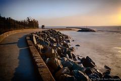 Les fantômes du front de mer (Fabrice Denis Photography) Tags: nouvelleaquitaine france seascapes oceanphotography ocean charentemaritime seascapephotography poselongue coastal coastalphotography frontdemer fantômes seascapephotographer châtelaillonplage seascapephotos sea fr