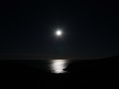 _1640679 (FranzdeNapier) Tags: moon fullmoon night nightoversea nightsky