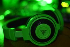 Razer Kraken Pro (Zoumer) Tags: razer kraken pro music gaming headphones closeup f18 bokeh