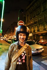 Un Bennie  Paris ! (Ronan THENADEY) Tags: portrait paris ben rocker chatnoir bennie casque stmaur ruestmaur ronanthenadey