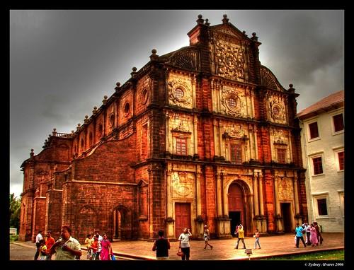 Basilica-of-Bom-Jesus-church-of-goa,churches-in-goa-india,famous-goa-churches