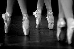 Pointe (fd) Tags: bw ballet dance pointe 80200mmf28d lightproofboxcom