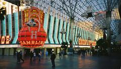 Las Vegas - Fremont Street Bunions Horseshoe casino (Bobasonic) Tags: usa lasvegas casino nv horseshoe fremontstreet navada bunions usa3