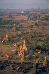 Velvia #2 032 (Kelly Cheng) Tags: temple balloon aerial velvia getty myanmar paya bagan pickbykc