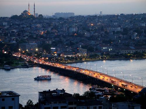 المدن الأكثر رومانسيه في العالم 180899814_4e99edc130