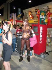 IMG_3464 (orayzio) Tags: topv111 costume topv555 topv333 sandiego cosplay topv1111 topv999 topv444 2006 topv222 topv777 comiccon topv666 topv888 sdcc sandiegocomiccon comiccon2006 sdcc2006 sandiegocomiccon2006