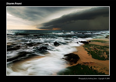 Storm Front (VJ Spectra) Tags: storm beach topf25 d50 nikon 500v20f quality sydney australia thunderstorm godfather bfv25 30faves30comments300views thegodfatherfamily auselite tup2 therebeastormabrewin