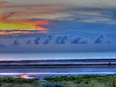 Holme Beach, Norfolk (martin d parsons) Tags: uk sunset sea sky cloud beach wow kodak norfolk hdr holme photomatix z612
