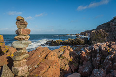 Stone tower by the sea (Fredde Nilsson) Tags: blue red sea tower water stone grey se skne waves wind sweden foam scania hovshallar granit bstad skneln bjre