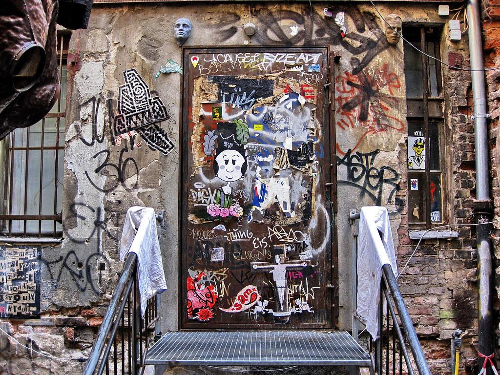 the world 39 s best photos of door and zentrum flickr hive mind. Black Bedroom Furniture Sets. Home Design Ideas