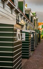 _DML1415 (duncen.mcleod) Tags: windmill ren marken zaanseschans molens paardvanmarken oudehuisjes