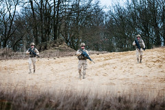 PI00_Kh_act_008.jpg (sioenarmourtechnology) Tags: army belgium titan defence qrs actionshot specialforces leopoldsburg kaliqrs