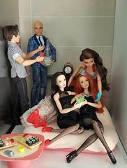 Happy New Year Flickr Friends 💙 (Lo_zio87_Barbie Collector) Tags: madetomove miko kristen pj ryan kurt happynewyear life fashionistasfashions fashonistas