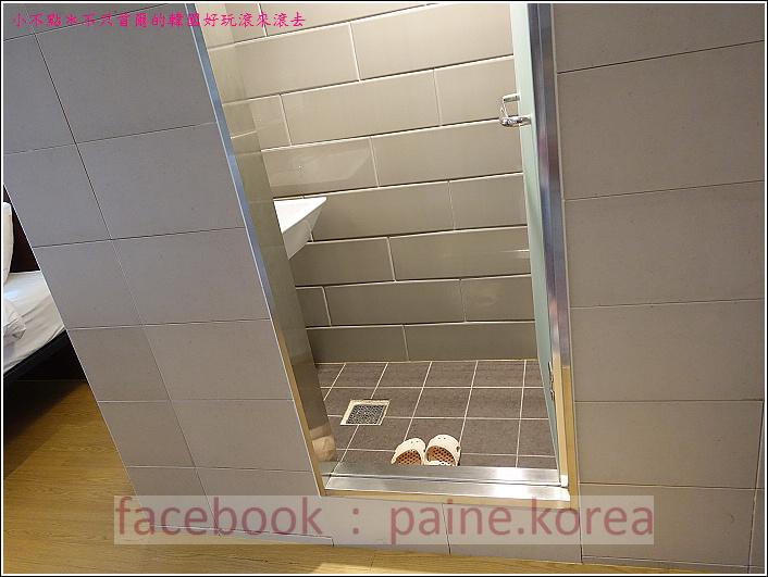 弘大Loft8 Hostel (8).JPG