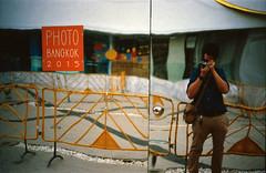 IMG_20150823_0019_s (Aomperture) Tags: street leica zeiss bangkok leicam3 bangkokstreet zeissbiogon35mmf2