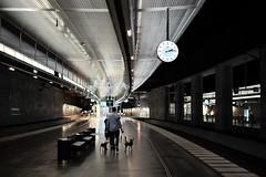 Malm C (Hkan Dahlstrm) Tags: people station architecture photography se skne sweden f14 platform uncropped malm centralstation 2015 skneln gamlastaden xe2 sek xf35mmf14r 12330082015141324