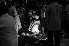 Puja, Haridwar, Uttarakhand India (mafate69) Tags: street portrait bw india night fire asia noiretblanc candid father photojournalism documentary nb sacred asie himalaya hindu hinduism nuit himalayas puja feu inde streetshot southasia haridwar subcontinent hindouisme documentaire hindou harkipauri photojournalisme uttarakhand indiahimalayas photoreportage hinduist asiedusud hindouiste blackandwhyte earthasia himalayasproject streetlevelphoto mafate69 souscontinent