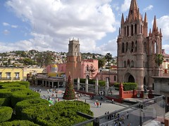 jardin-and-paroquia-mexico